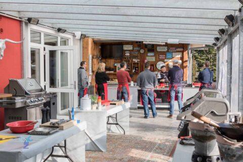 Adi Matzek Grillschule mit Grillworkshop Teilnehmergruppe