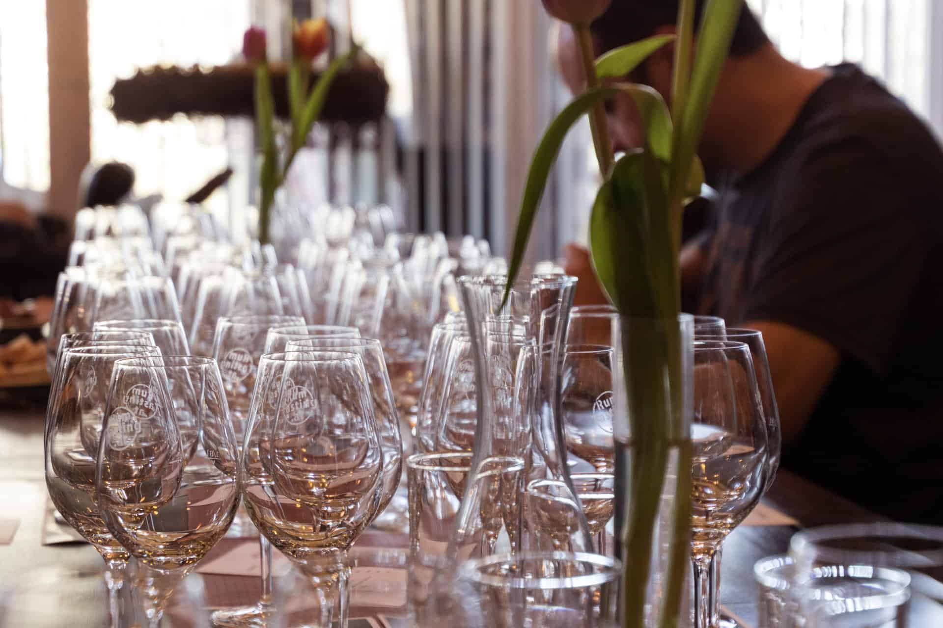 Rum Tasting Adi Matzek Grillschule Rum Gläser