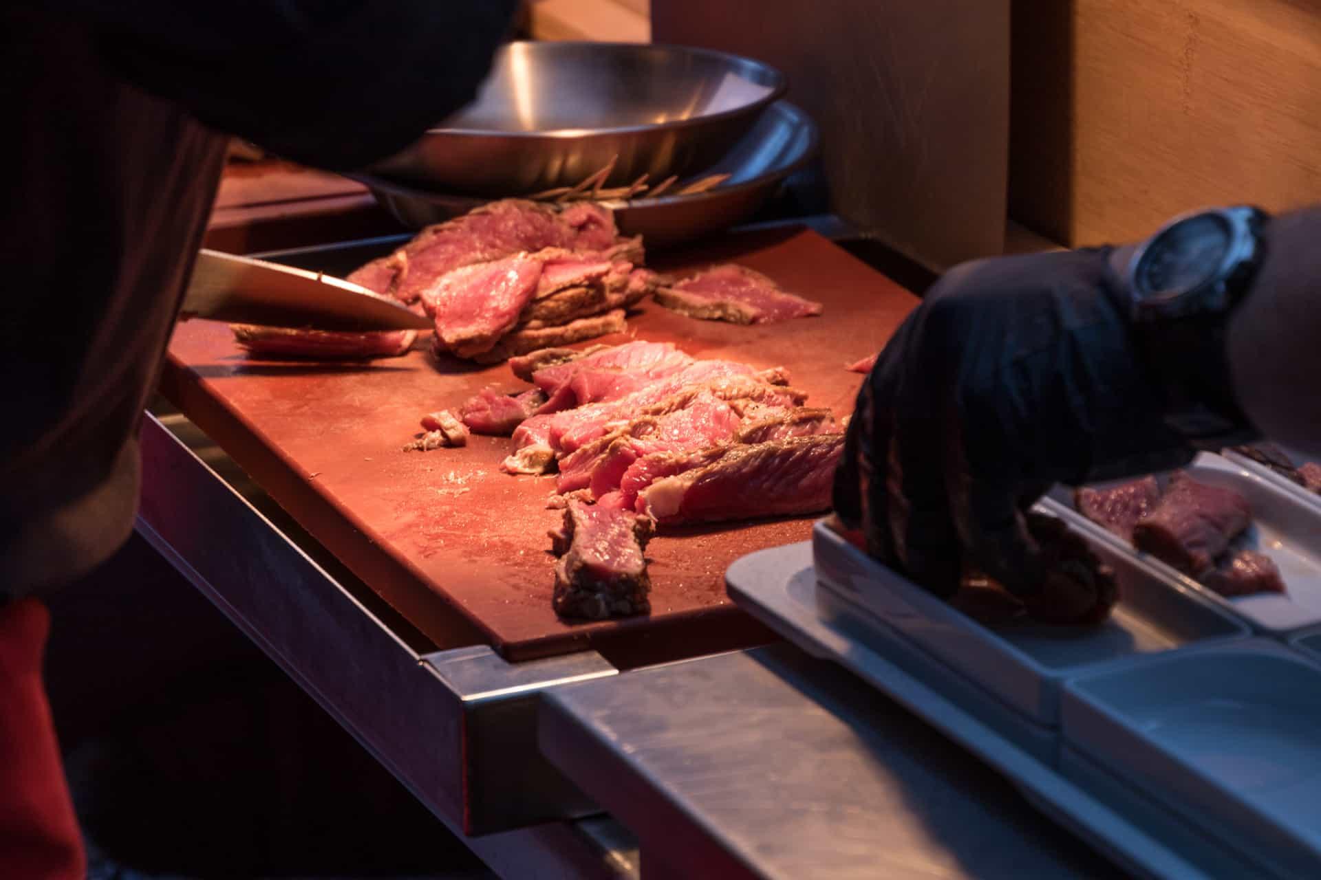 Adi Matzek Grillschule Steak Tasting Messer