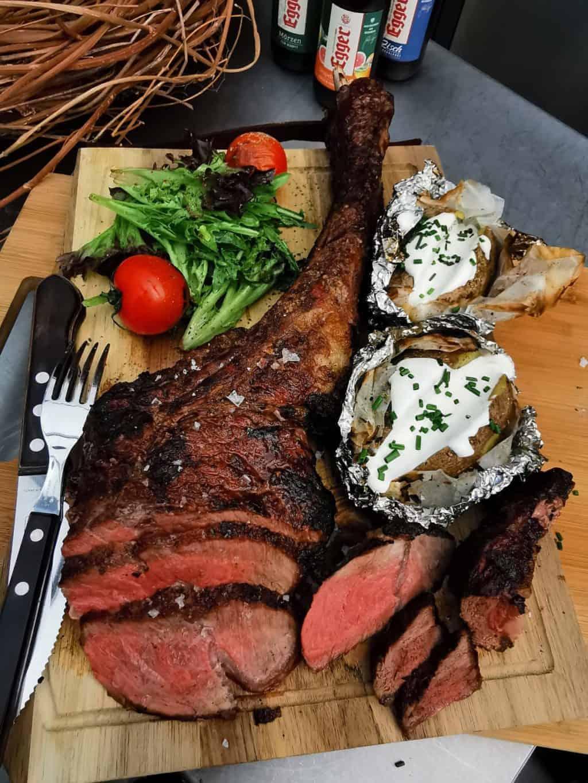 42. Tag Tomahawk Steak grillen Corona Tagebuch Bild 5