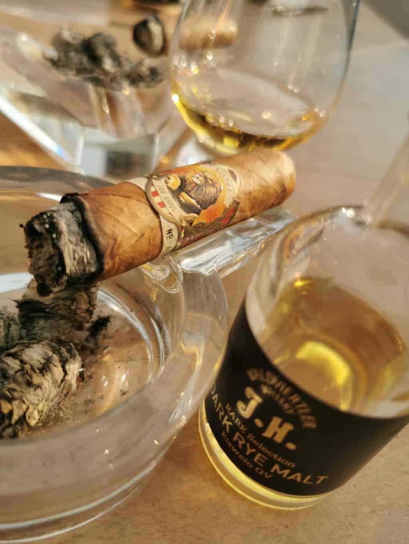 43. Tag Zigarre und Whisky Corona Tagebuch Bild 1